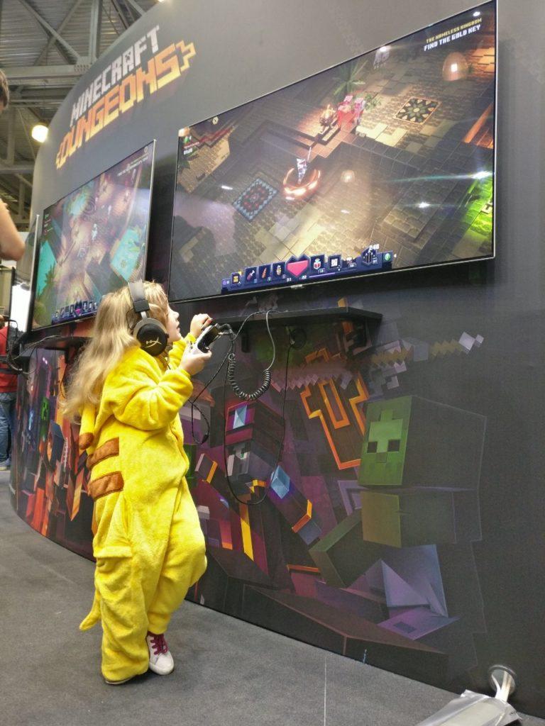 демоверсия Minecraft Dungeons yна игромире 2019