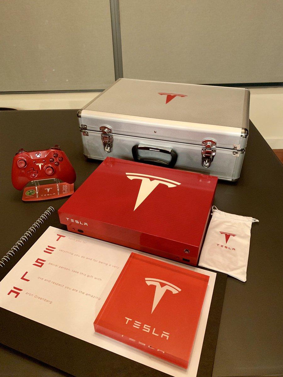 TeslaXboxOneX