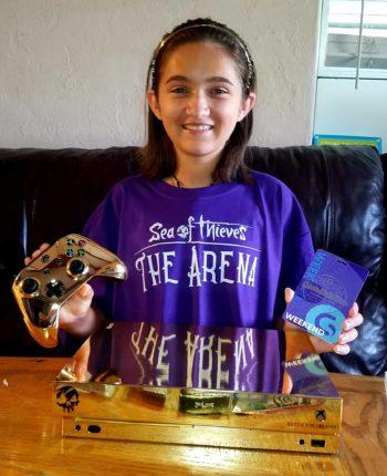 Стример подарил девочке золотой Xbox One X