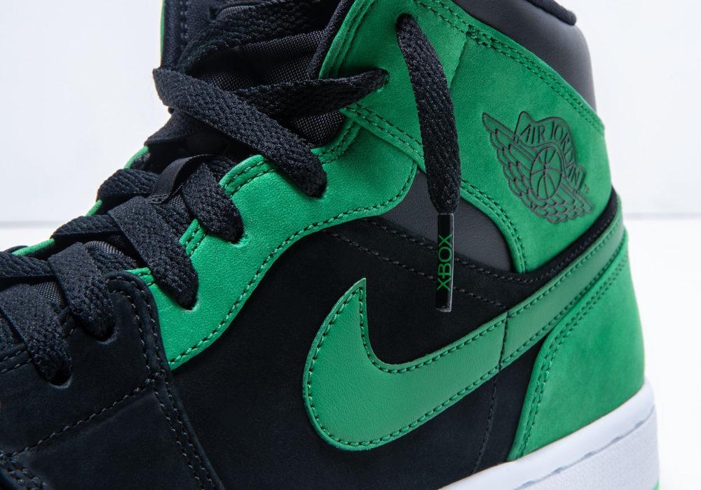 Xbox Green and Black Air Jordan общий вид, шнурки Xbox