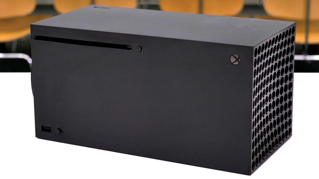Xbox Series X лицевая часть