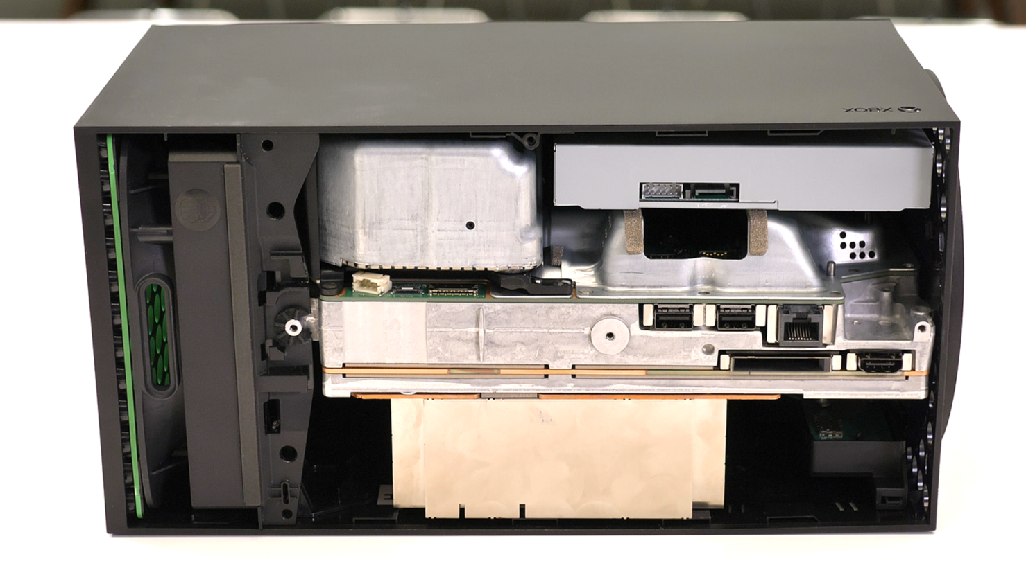 Конструкция Xbox Series X