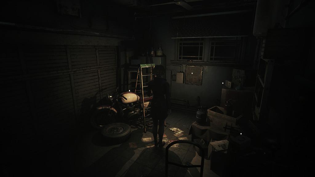 Обзор Song of Horror Гараж с мотоциклом