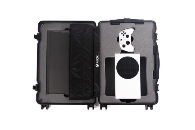 Чемодан Xbox Series S